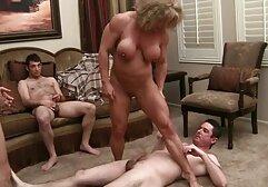 دینا انتقام گیری نگه می دارد سکس واقعی پولی از دست او
